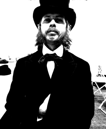 Musician, performer, producer, DJ and cultivator of amazing facial hair - Boxcar Strainsun opens up to me!