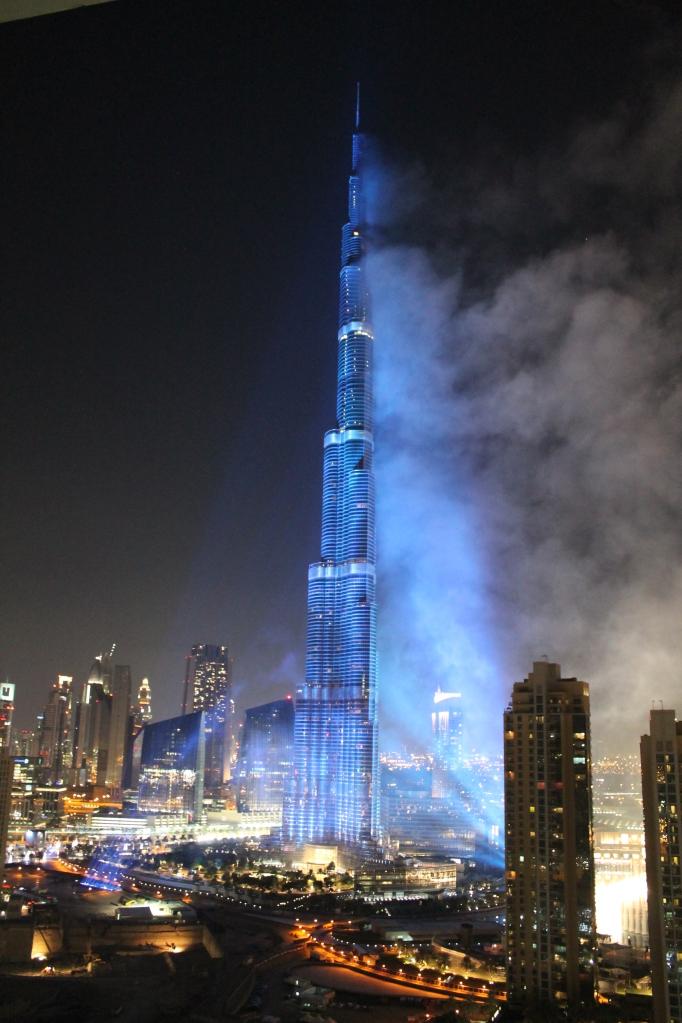 The Burj Khalifa spotlit in the colours of the Dubai 2020 bid for the Expo.